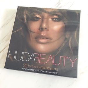 Huda Beauty Bronze Sands 3DEd. Highlighter Palette